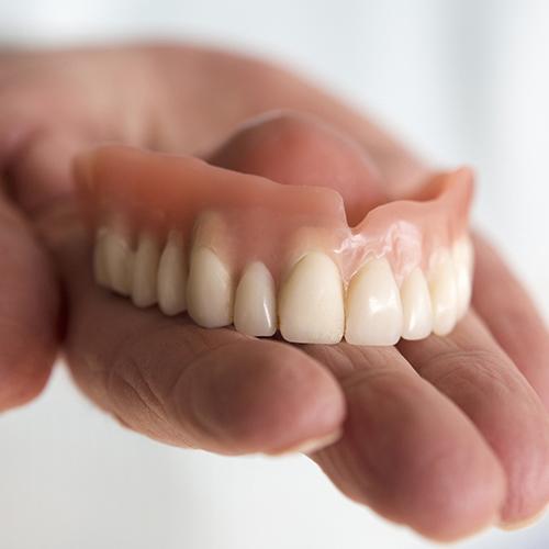 dentures_square